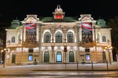Tour gratis por la noche en el casco antiguo de Riga