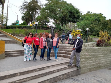 Let's visit Barranco and The Bridge of Sighs