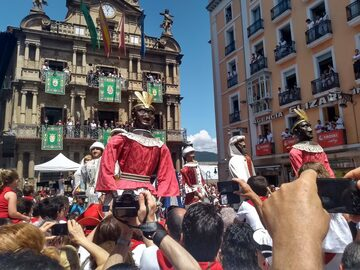 Discover Pamplona The Capital of the Kingdom of Navarra + Visits