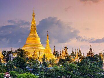 Yangon walks with a local - Free Walking Tour