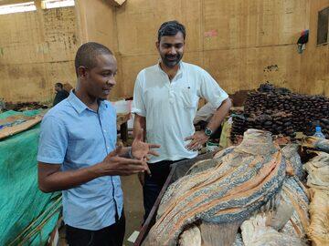 Kariakoo Market Tour & Geschichte