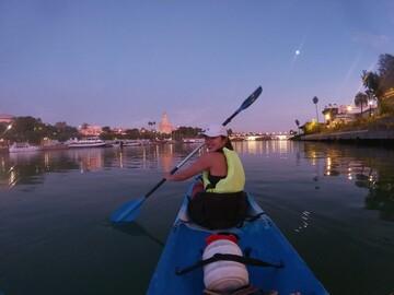 Sunset kayak in historic Seville - Free Experience