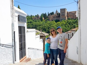 Free Albaicin Tour Granada