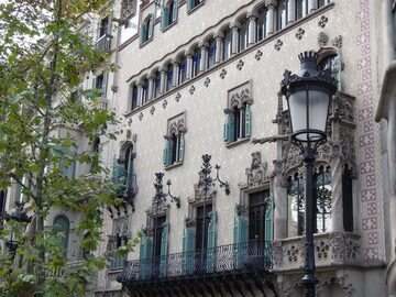 Free walking tour Barcelona - From Gothic to Go thick