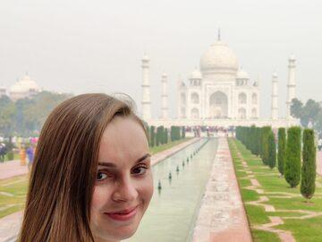 Explore el increíble Taj Mahal y la ciudad de paredes rojas Fu...