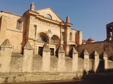 TOUR A PIEDI AUTENTICO GRATUITO, Zona Coloniale