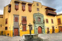Descubriendo la ciudad antigua, Vegueta, con un guía oficial.