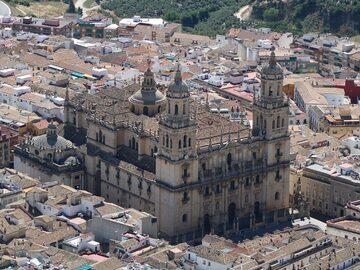 Free Tour-Discover the essentials of Jaén with Cláritas Turismo