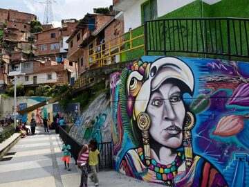 Arte, vita e storia - Graffitour comuna 13