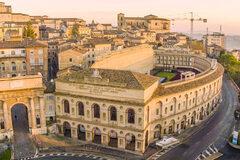 Entdecken Sie das historische Zentrum von Macerata - kostenlos...