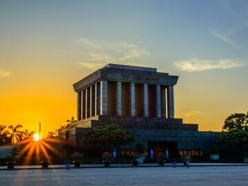 Hanoi Online Ho Chi Minh Komplex Tour