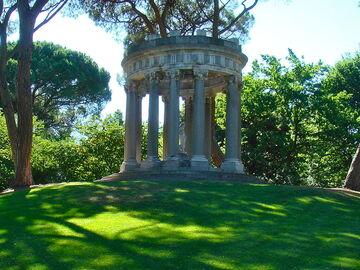 Capricho Park und La Duquesa de Osuna