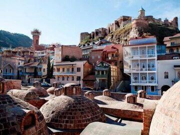 Tour a piedi di un'intera giornata alla vecchia Tbilisi