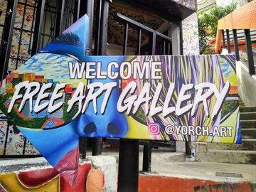 Tour a piedi gratuito dei graffiti di Medellin Tour Comuna 13