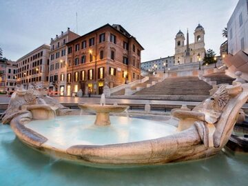 Rome of the Popes; between squares, water features and white m...