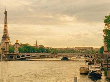 Free walking tour durch Paris im Kino
