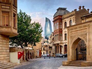 Tour por la ciudad vieja de Bakú / Тур по Старому городу
