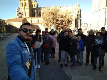 Entdecken Sie das historische Zentrum von Astorga mit einem of...