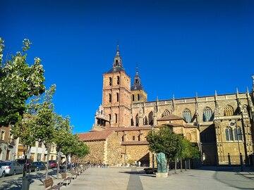 Free Tour in the Cathedral of Santa María de Astorga