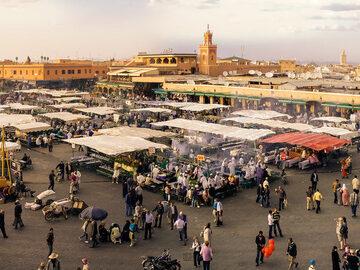 Visita guiada gratuita a pie para descubrir la medina.