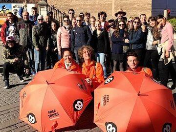 Monumental Free Tour in Seville