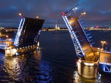 Amazing Neva Cruise-Bridge Opening Tour