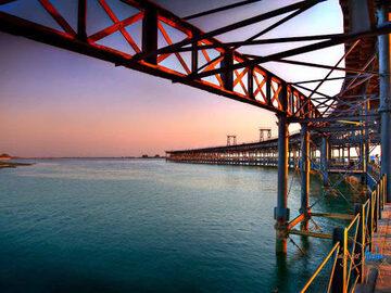 Visita guiada por la Nueva Ría de Huelva y Muelle.