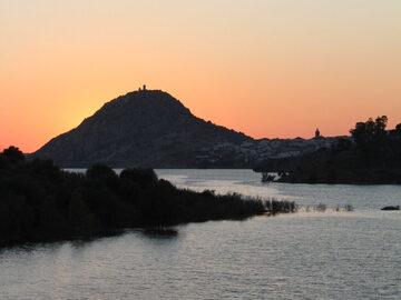 Aufstieg zum Schloss Alange (Hisn al-Hanash)