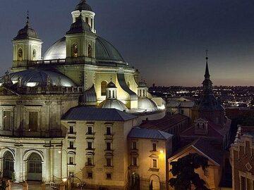 Free Tour Hidden Secrets of Old Madrid