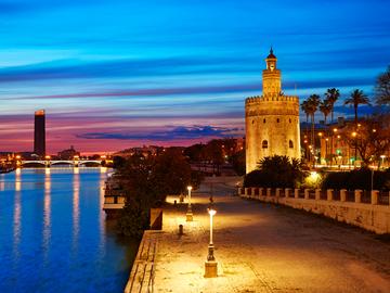 Kostenlose Nachttour durch Sevilla