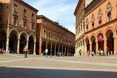 Sights, Stories & Tastes of Bologna - Free walking tour