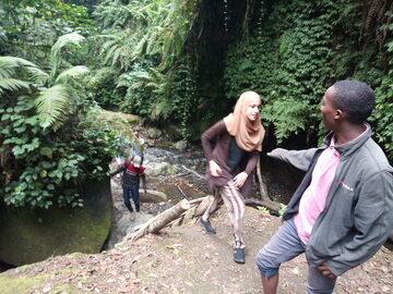 Free walking tour con cascata d'acqua
