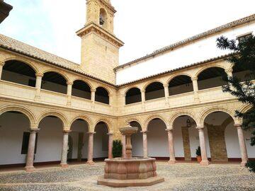 Free tour de Palacios e Iglesias.