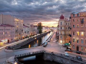 Dostoevsky's Petersburg: follow the footsteps of Raskolnikov