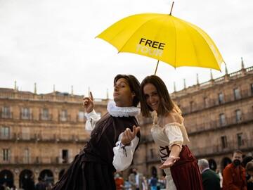 Free Night and Theme Tour: Enchanted Salamanca.