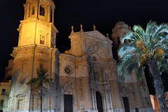 Free Night Tour in Cádiz