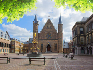 Free Tour in The Hague: Discover the Most Stately City in Holland