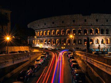 Free Tour Roma Nocturna: La magia y la belleza bajo las luces.
