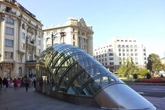 Modern Bilbao Free Tour - From the Ensanche to the Guggenheim