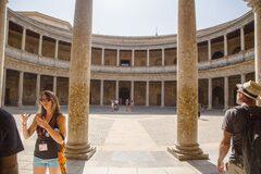 Free Tour en Ciudad de la Alhambra y Palacio de Carlos V