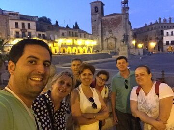 Freetour Trujillo night of legends with tasting