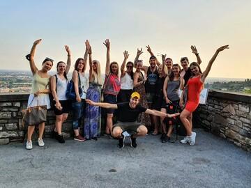 Free Tour a piedi di Bergamo: curiosità, storia e cibo con un bergamasco!