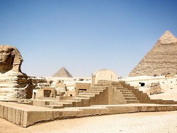 Scopri le misteriose piramidi
