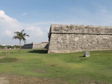 Cartagena de Indias Fortified. 407 years.