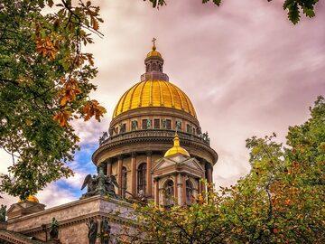 Einzigartige kostenlose Tour in Sankt Petersburg