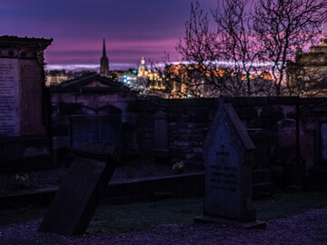 Edinburgh Mysteries, witchery and murders free tour