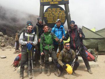 Risveglio Kilimanjaro Climb e Wild Safari
