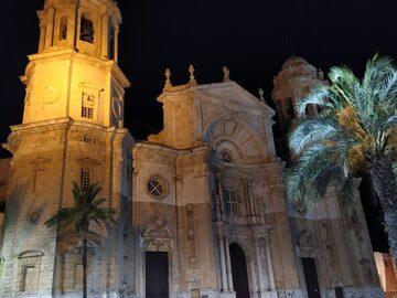Free Tour Nocturno en Cádiz