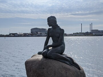 Free Tour in Spanish through the deep Copenhagen: Why is Denmark the way it is today?