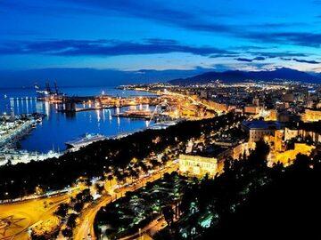 Kostenlose Nachttour durch Malaga